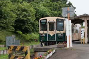 ひたちなか海浜鉄道 中根駅 電車