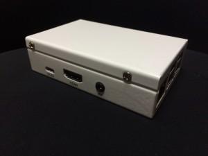 Sato Commerce Raspberry Pi B+ / Pi 2 鉄製筐体 にRaspberry Pi3を入れてみた HDMI端子側