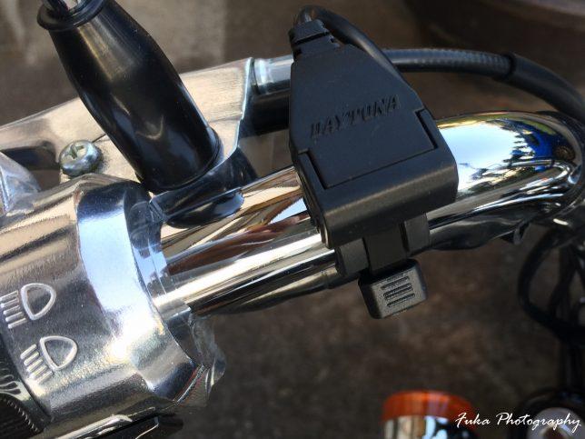 モンキーFI USB電源 左ハンドル側