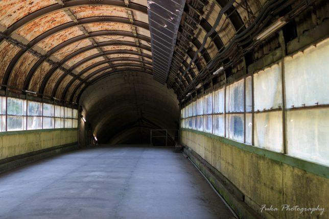 土合駅 地下階段前