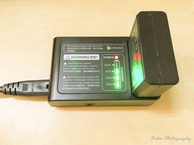 Godox 「V860IIC」バッテリーと充電器