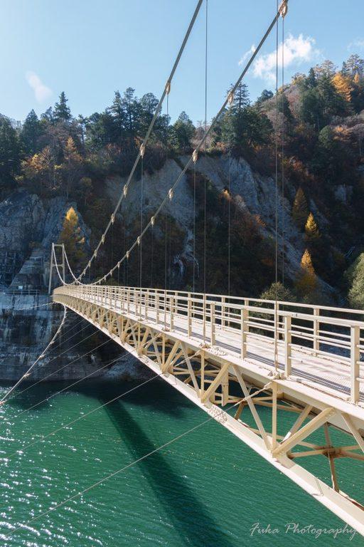黒部ダム カンパ谷の吊り橋