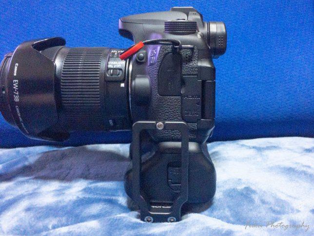 EOS70DのバッテリーグリップにMENGS 「L型プレート MPU-100」を取り付け