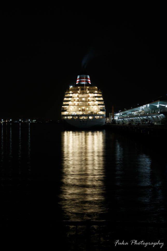 横浜港大さん橋国際客船ターミナル 飛鳥Ⅱ