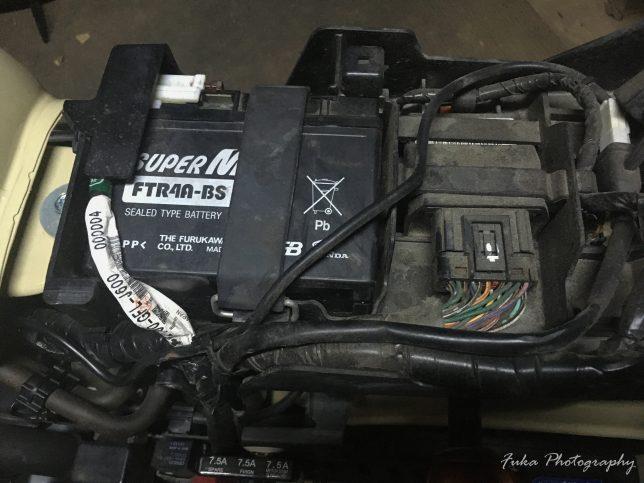 モンキーFI バッテリー交換前